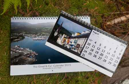 Desk and calendars 2015